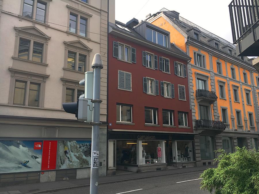 selnaustrasse_52_eingang